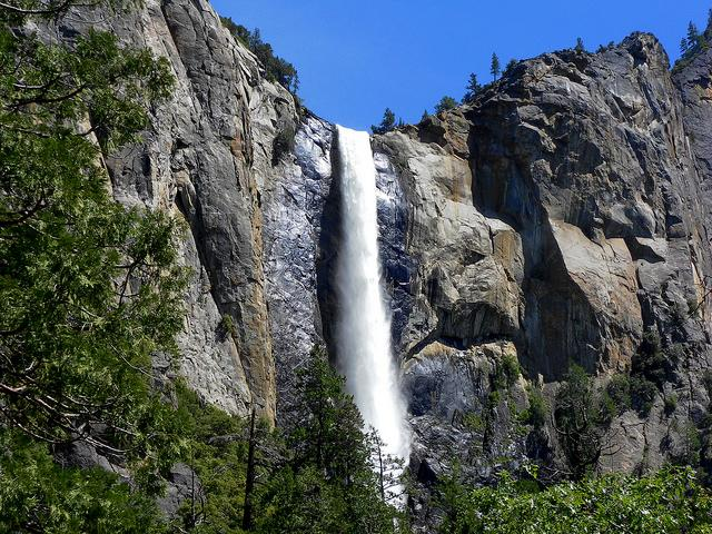 Bridalveil_Fall-Yosemite_National_Park-CA-037cfd139b3d496e9865ce727fefa4ce